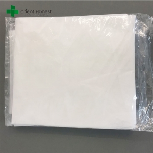China best supplier for Polypropylene breathable low-cost disposable white hotel bed sheet