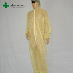 China manufacturer waterproof insulated coverall,wholesaler waterproof PP+PE coveralls,cheap water repellent coverall supplier