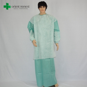 the best qualtiy EO sterile packing disposable PE film reinforced surgical gown manufacturer in China