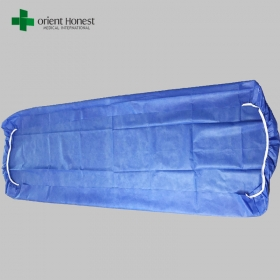China Breathable hotel fitted sheet , disposable bed sheets for travel , Polypropylene non woven bed sheet maker factory
