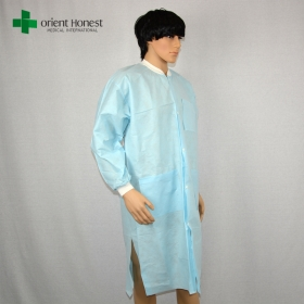China disposable pp non-woven visit gown,China exporter disposable vistor clothing,hot sales cheap disposable PP vistor coat factory