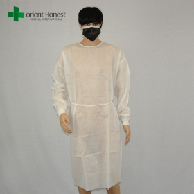 China wholesaler cheap white surgical gown,hospital clothing doctor gown ,PP nonwoven surgeon isolation gown factory